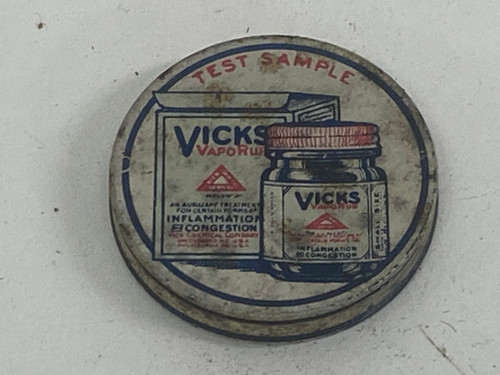 Gorgeous Old Vicks Vaporub Sample Tin c.1940s