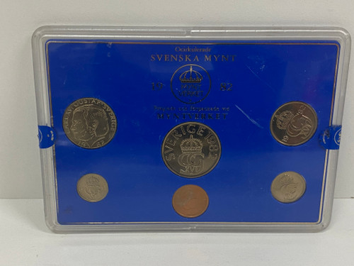SVENSKA MINT 'Mynt Myntverket' 1982 Collectable Coin Set on Card