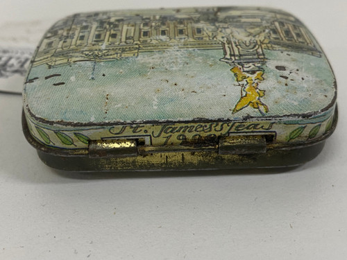 Collectable Vintage BUCKINGHAM PALACE Small Tin