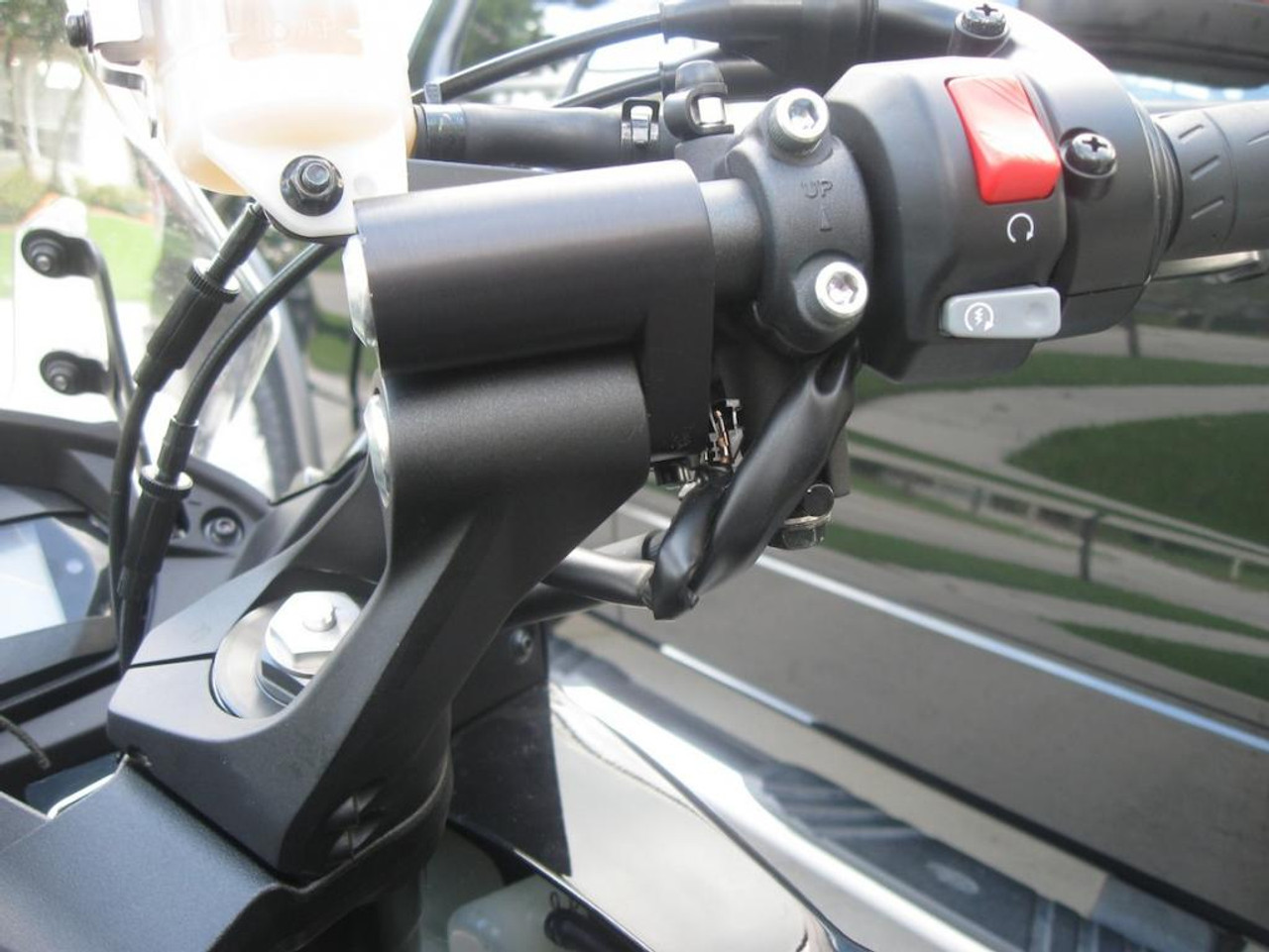 Handlebar Risers for 2011 and up Ninja 1000