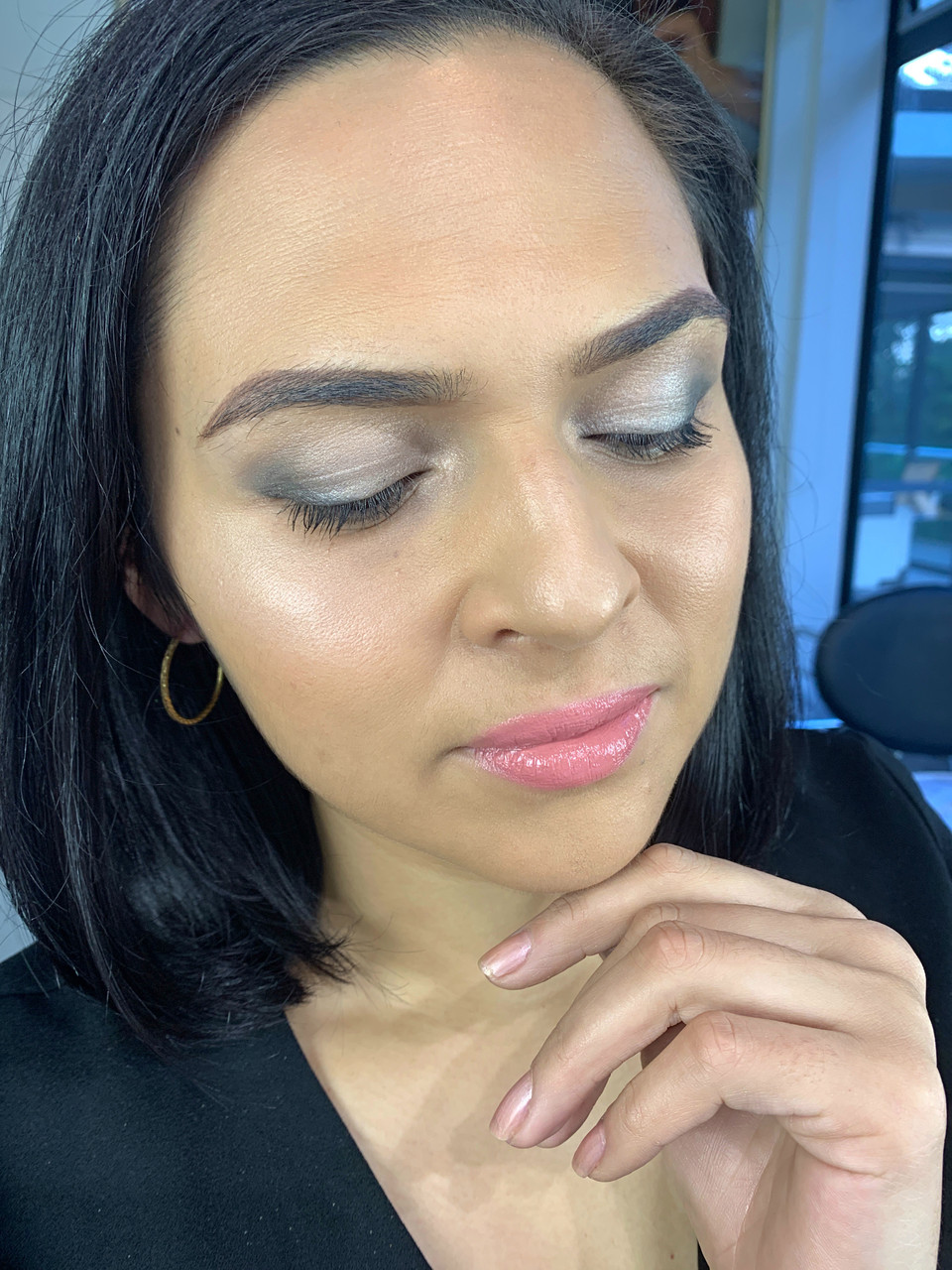 Friday glam session:  Black eyeshadow made easy