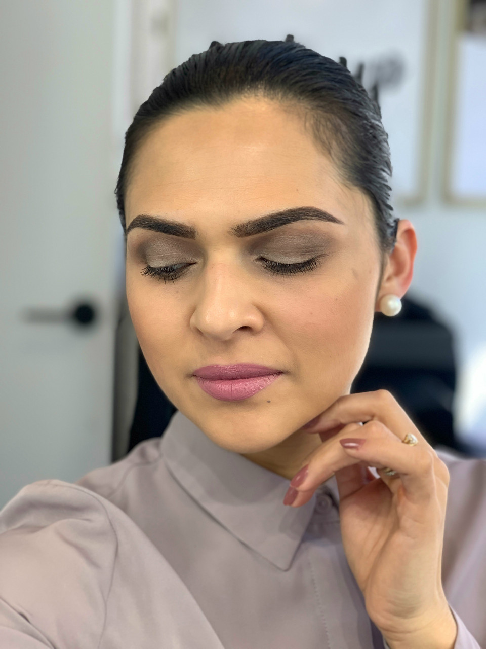FRIDAY GLAM SESSION: A touch of Mauve