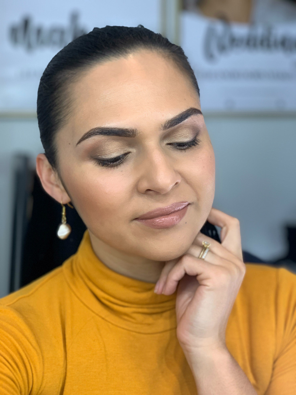 FRIDAY GLAM SESSION: Bronzed work look