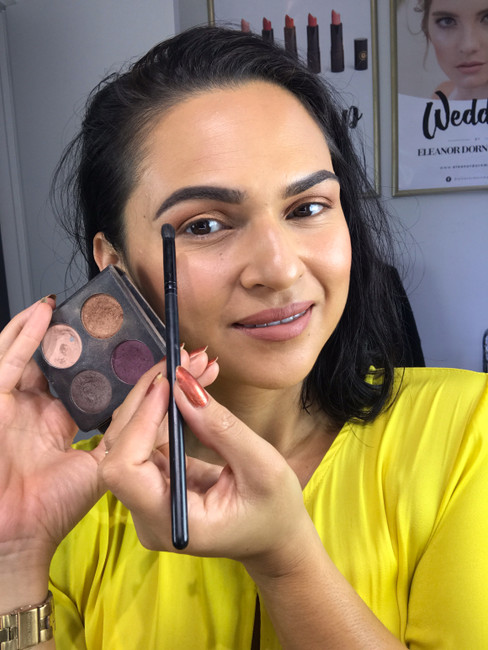 TIP TUESDAY: How to blend eyeshadow.