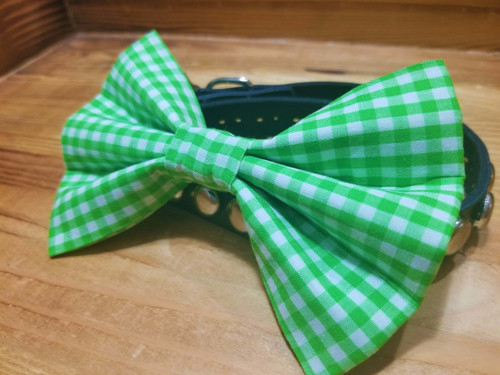 Green Gingham Pet Bow Tie