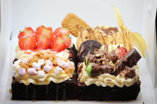 Loaded Cheesecake Brownies x 4