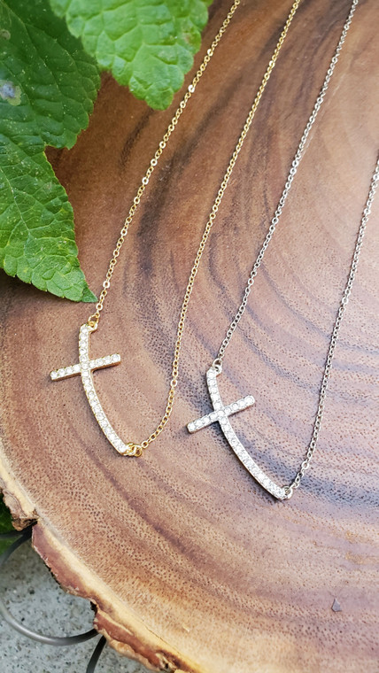 Adjustable Necklace with Side Cross