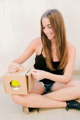 Brass knuckle box - 6.9 x 6.9 x 5.9 - 100pcs