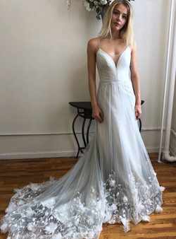 b54a360b8897 Shop 2019 Long   Short White Tulle Spaghetti Straps Appliques Flower  Wedding Dress With Factory Price ...