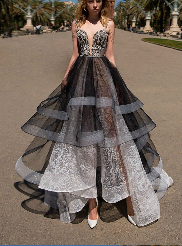 Black White Lace Ball Gown Backless Floor Length Prom Dress