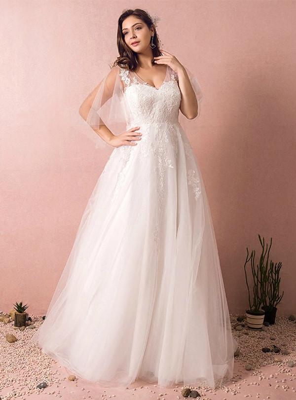 Plus Size A-Line White Tulle V-neck Open Back Short Sleeve Wedding Dress