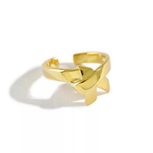 Smooth Ribbon Detail Ring
