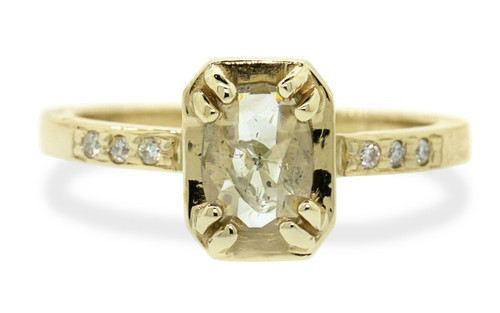 AIRA Ring in Yellow Gold with .45 Carat Champagne Diamond