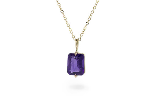 2.6 Carat Amethyst Necklace in Yellow Gold