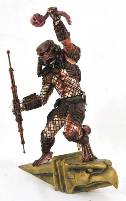 Predator 2 Hunter Gallery Statue