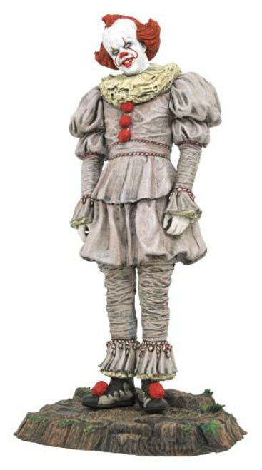 IT 2 Pennywise Gallery Diamond Select Statue