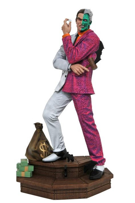 DC Comics Two-Face Gallery Diamond Select Toys Statue