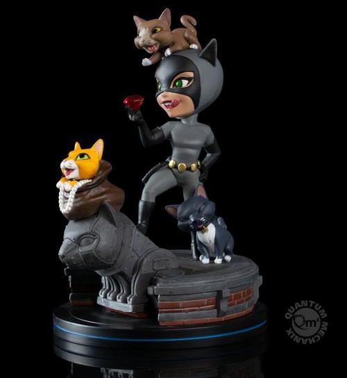 DC Comics Catwoman (ELITE) Mini Figure Q-Fig