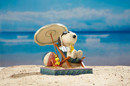 Disney Snoopy and Woodstock at Beach Statue