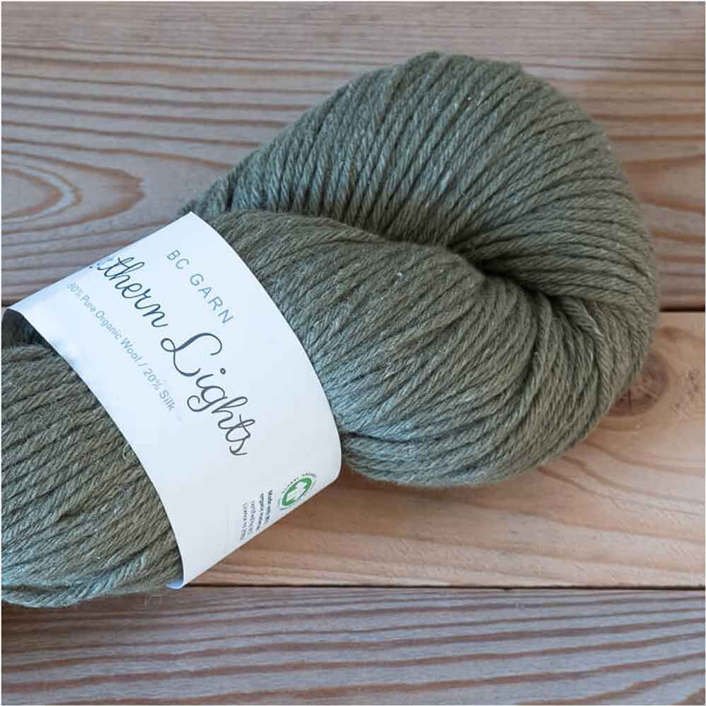 BC Garn Northern Lights GOTS Aran Weight Knitting Yarn, 100g Hanks | 15 Green