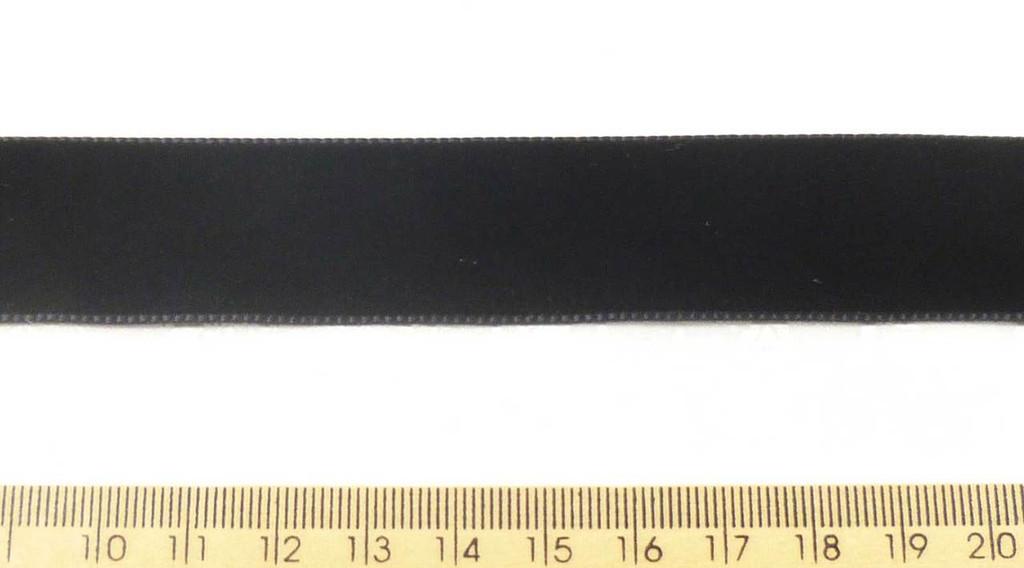 Berisford Velvet Ribbon 22mm - Black 9725