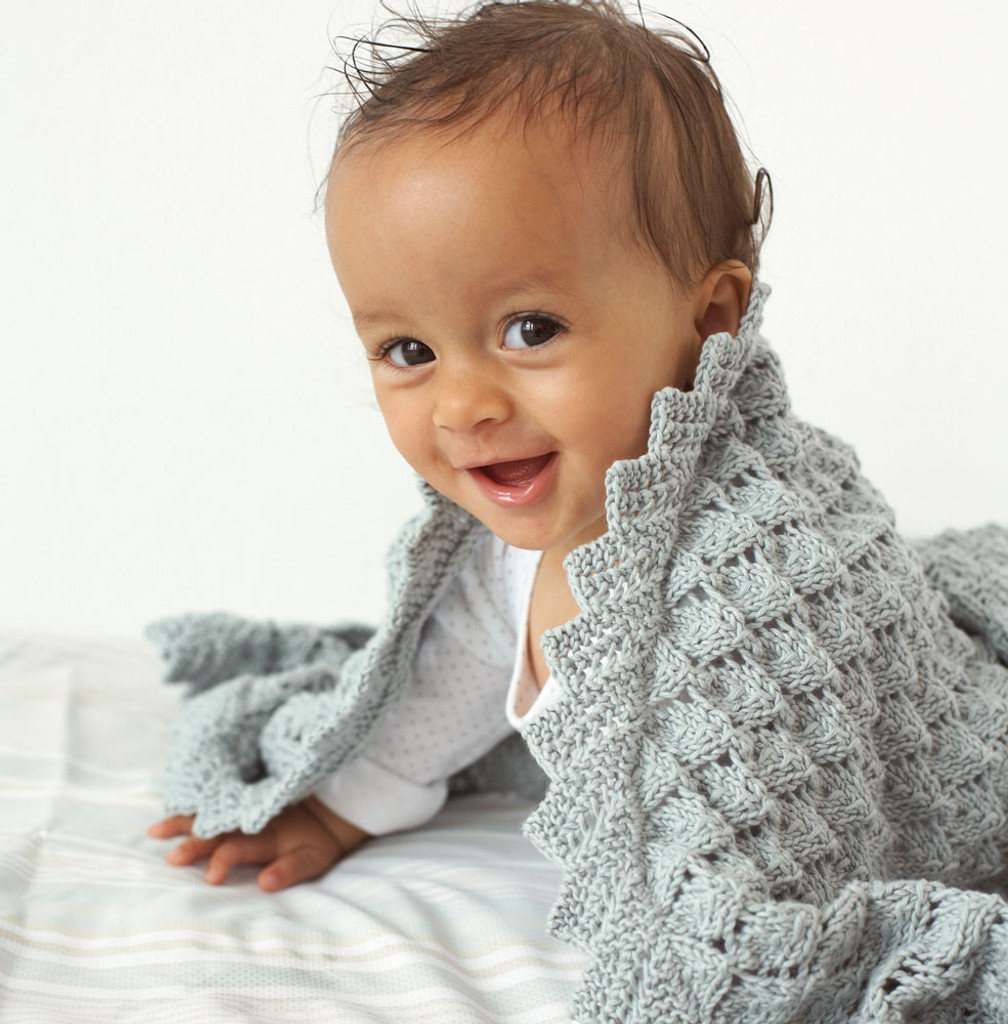 lacy shawl Knitting pattern in Eco baby