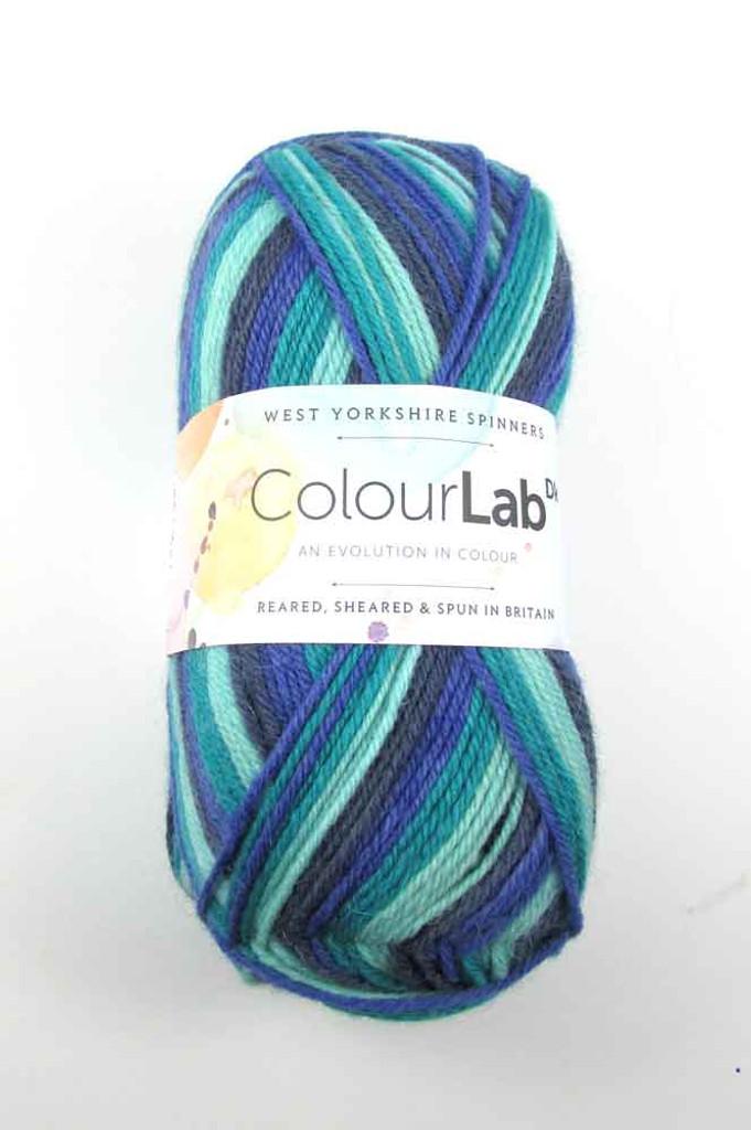 WYS ColourLab Dk | 100g balls | Various Shades - 892 Frosty Blues
