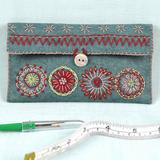 Corinne Lapierre | Wool Felt Kit | Sewing Pouch