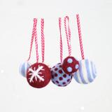 Hawthorn Handmade | Standard Felting Kit | Christmas Baubles | Berry and Blue