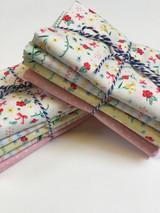 Bunnies & Cream | Fat Quarter Bundle | 5 Fabrics | Floral