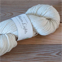 BC Garn Northern Lights GOTS Aran Weight Knitting Yarn, 100g Hanks | 01 Cream
