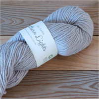 BC Garn Northern Lights GOTS Aran Weight Knitting Yarn, 100g Hanks | 21 Light Grey