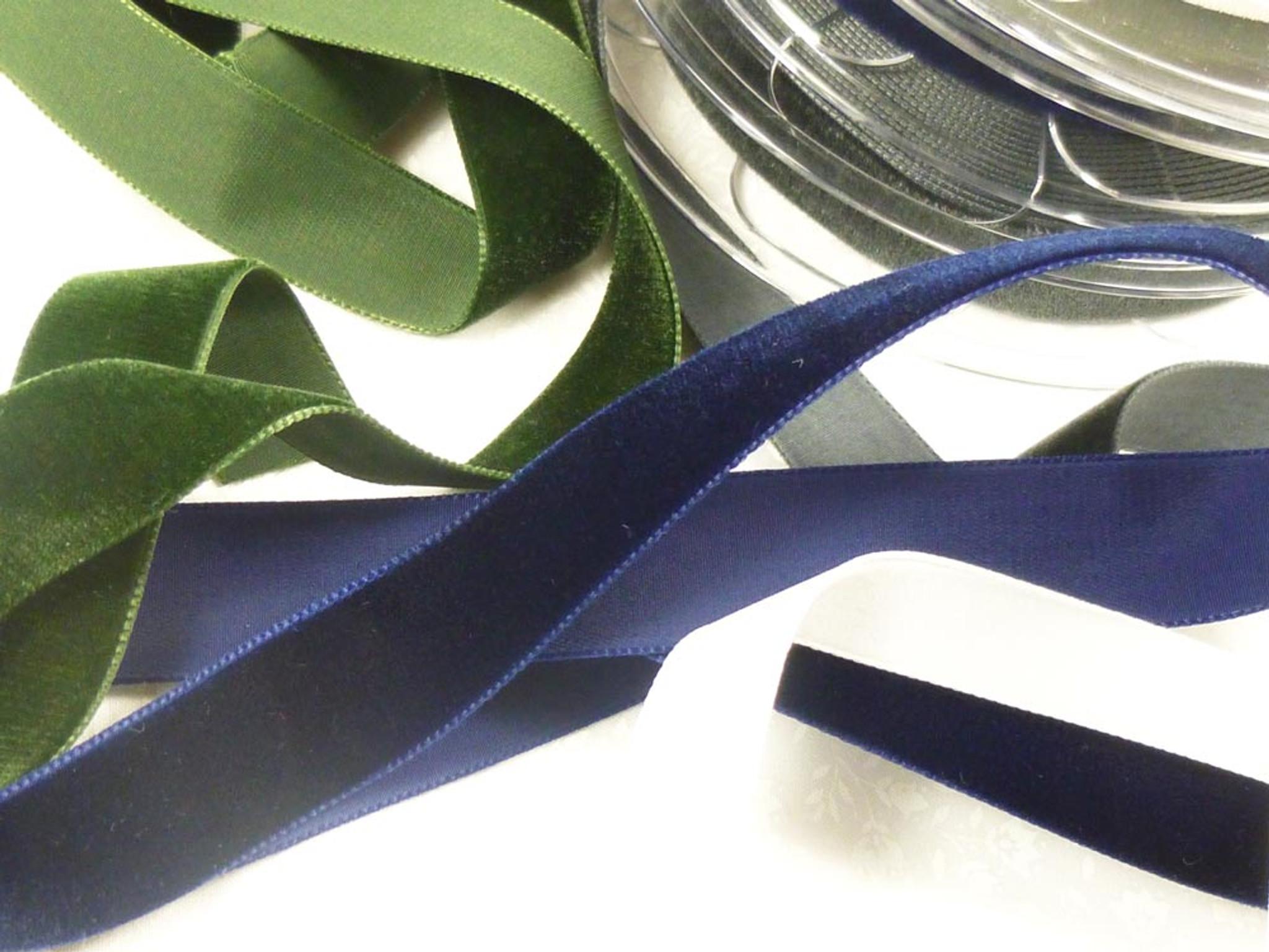 Berisfords Velvet Ribbon Mini Roll 9953 Raven