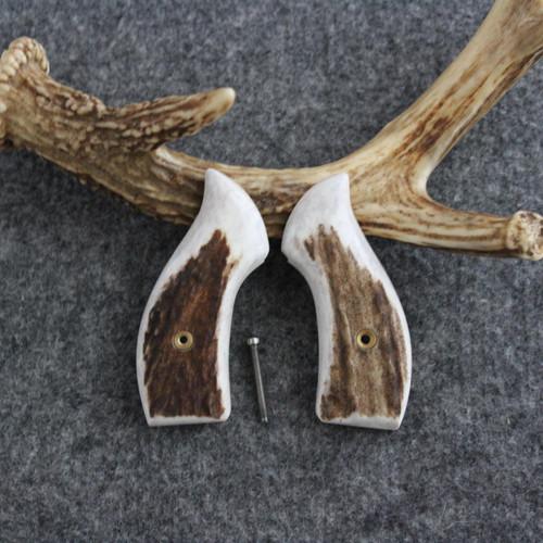 Smith & Wesson J Frame Round Butt Elk Custom Pistol Grips Item #1751