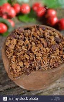 Hawthorn Berries Cut Organic