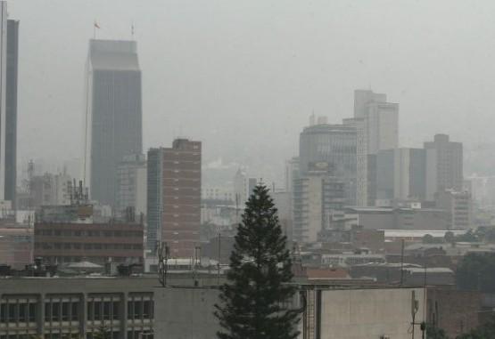 Que tanta diferencia hay entre la calidad del aire en exteriores vs interiores - Polucion