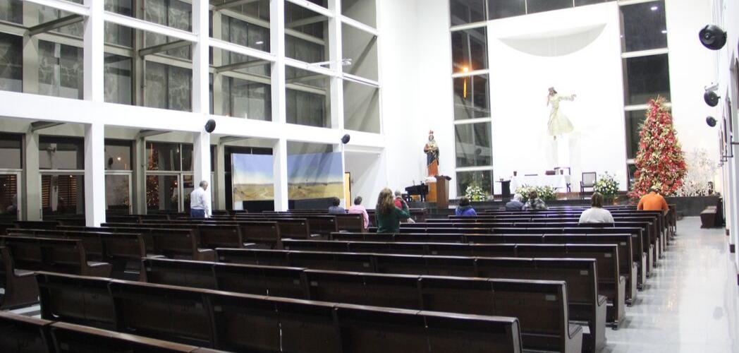 Soluciones de audio para iglesias, capillas, casas de oración..