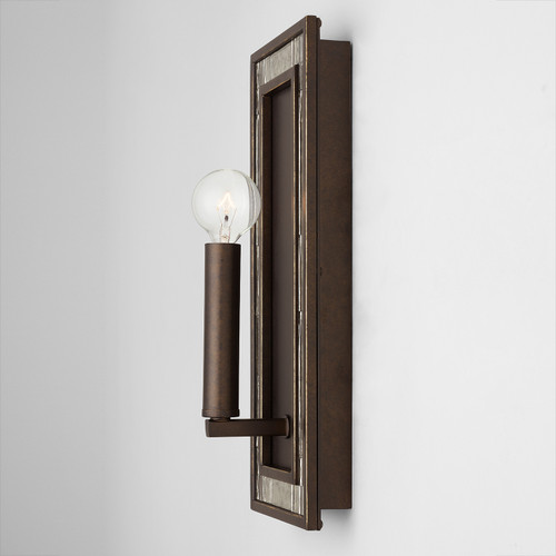 Chaucer 1-Light Sconce in Buffed Bronze