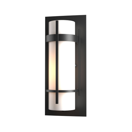 Banded Outdoor Wall, Black