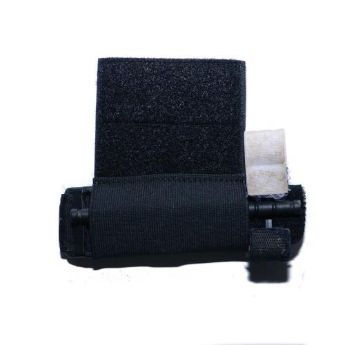 elastic tourniquet holder in black