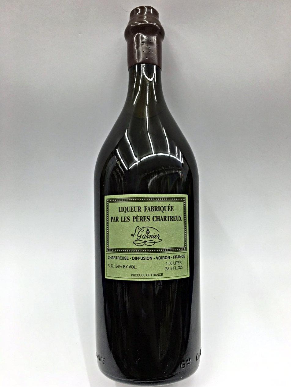 chartreuse v e p green liqueur fabriquee par les peres chartreux l