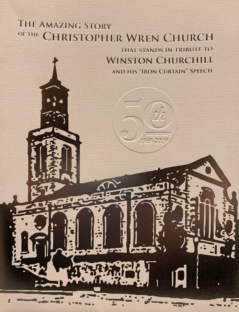 """The Amazing Story of the Christopher Wren Church that Stands in Tribute to Winston Churchill and his """"Iron Curtain' Speech"""