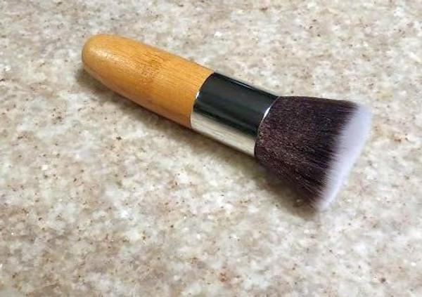 Bamboo Flat Top Powder Brush (Vegan)
