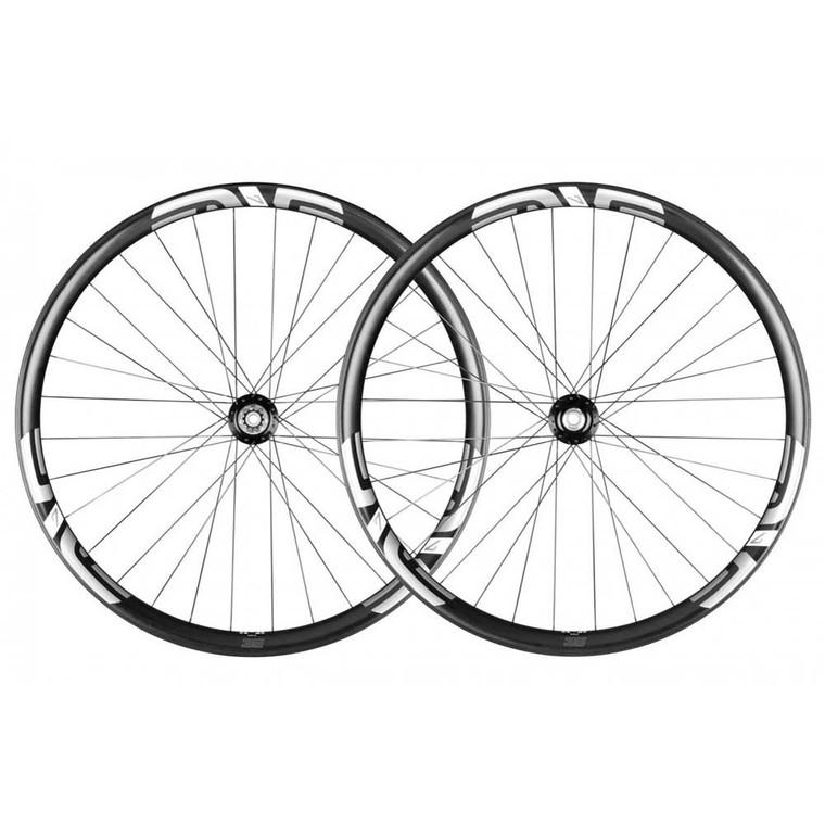 M735 Carbon Fiber Wheelset