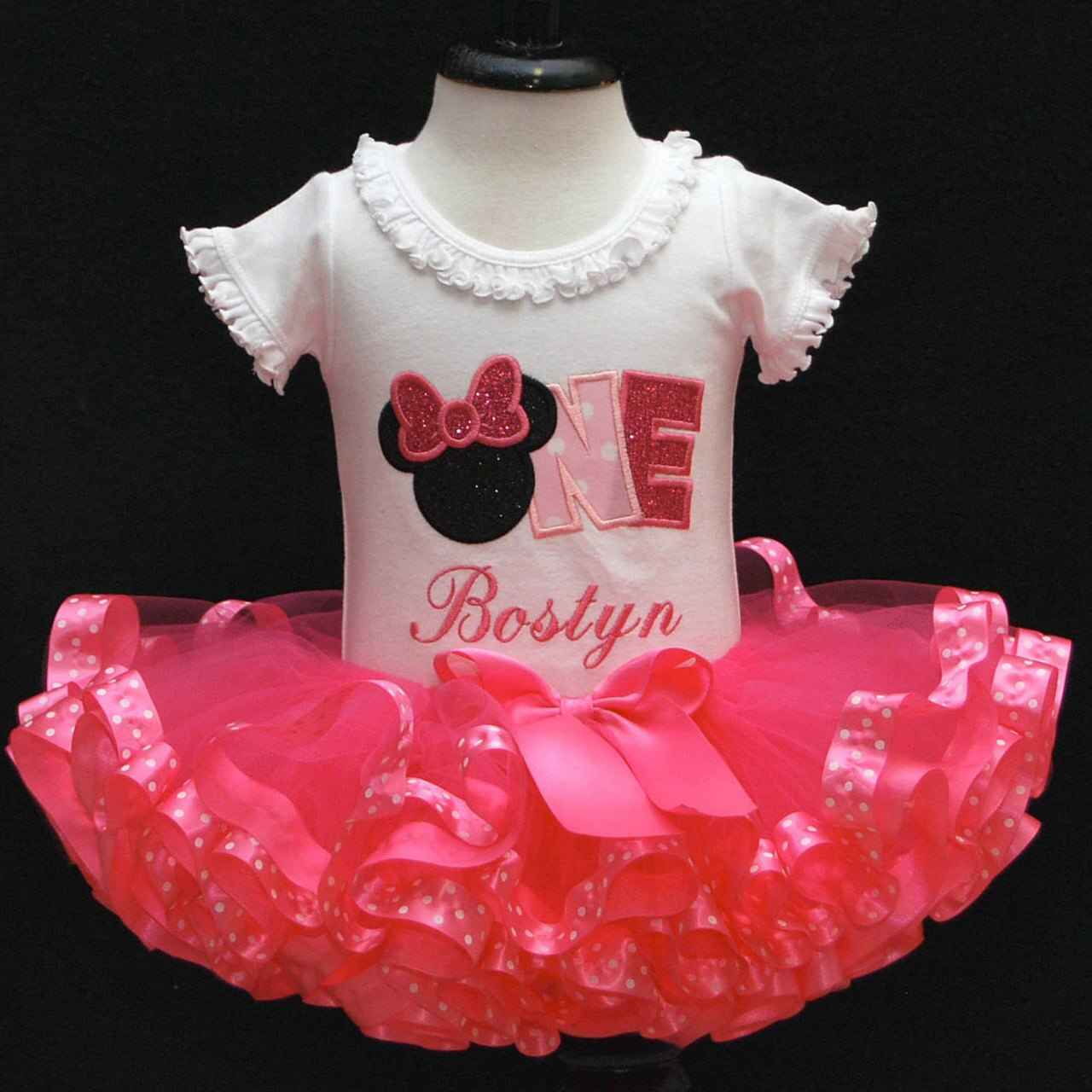 1st birthday girl outfit, Minnie Mouse word ONE in pink