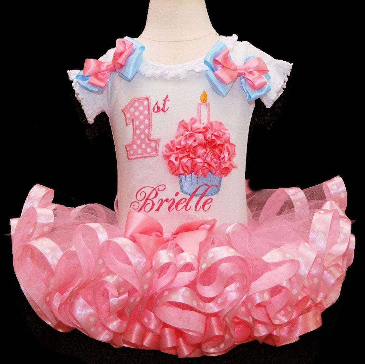 baby girl 1st birthday outfit, with 3d cupcake