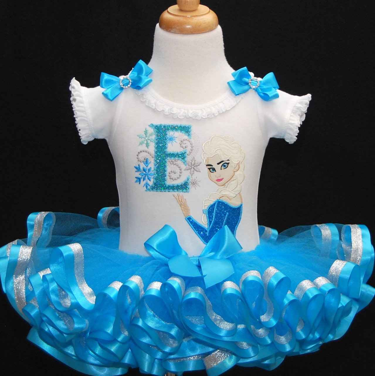 princess birthday outfit, baby tutu dress, cake smash outfit, personalized onesie, ribbon trimmed tutu set, Winter wonderland elsa outfit