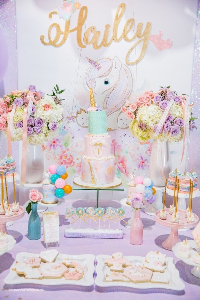 party decor for unicorn party