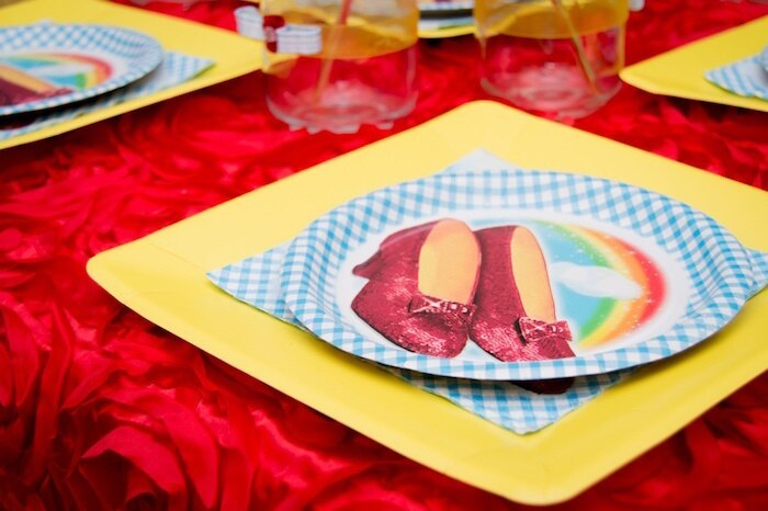 matching-party table-setting