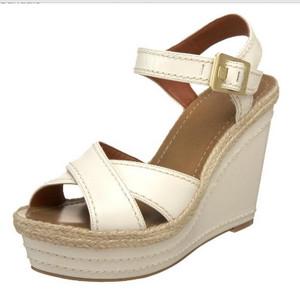 Vince Camuto Women's Edon Wedge Sandal, Off White